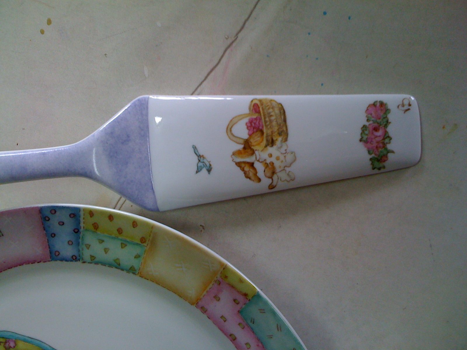 Viviana Dimieri- Pintura en porcelana