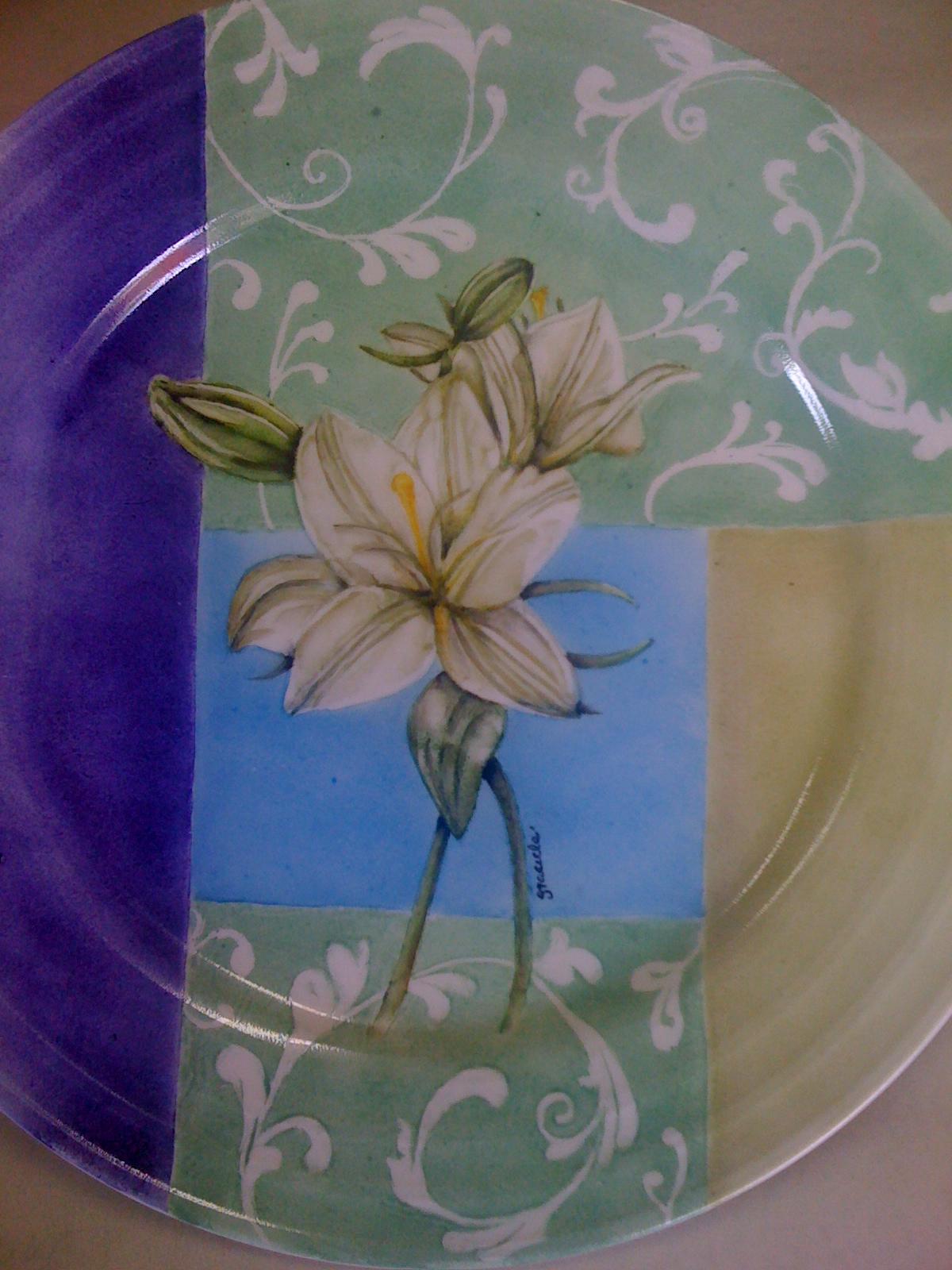 Graciela Iratchet-pintura en porcelana